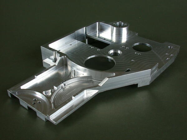Optical bench. Tight tolerances - position thread, flatness, roundness